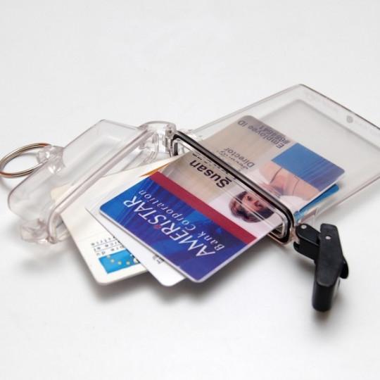 Porte-badges Clearbox étanche avec anneau